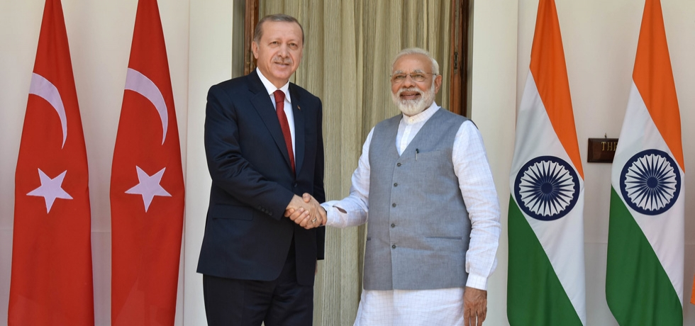 Prime Minister meets Recep Tayyip Erdogan, President of Turkey at Hyderabad House during his State Visit to India - 01 May, 2017