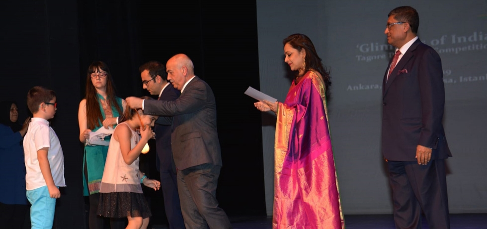 Ambassador of India, Madam Ambassador and Mr Yusuf Buyuk, In charge  Secondary Education at Turkey's Education Ministry during Prize Distribution of Glipmses of India Painting Competition