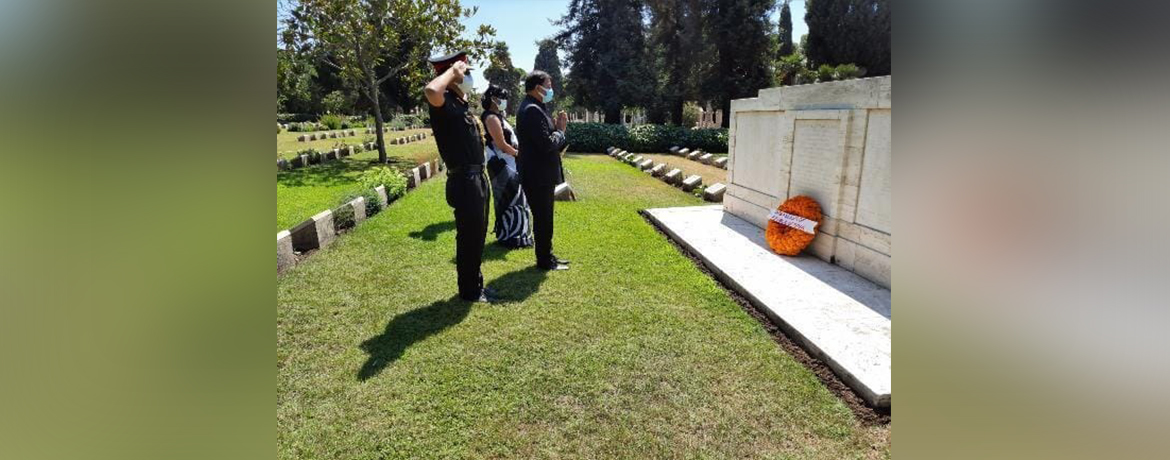 Paying tributes to Indian soldiers who perished in WWI, at Hayder Pasa Cemation Memorial on 16.08.21